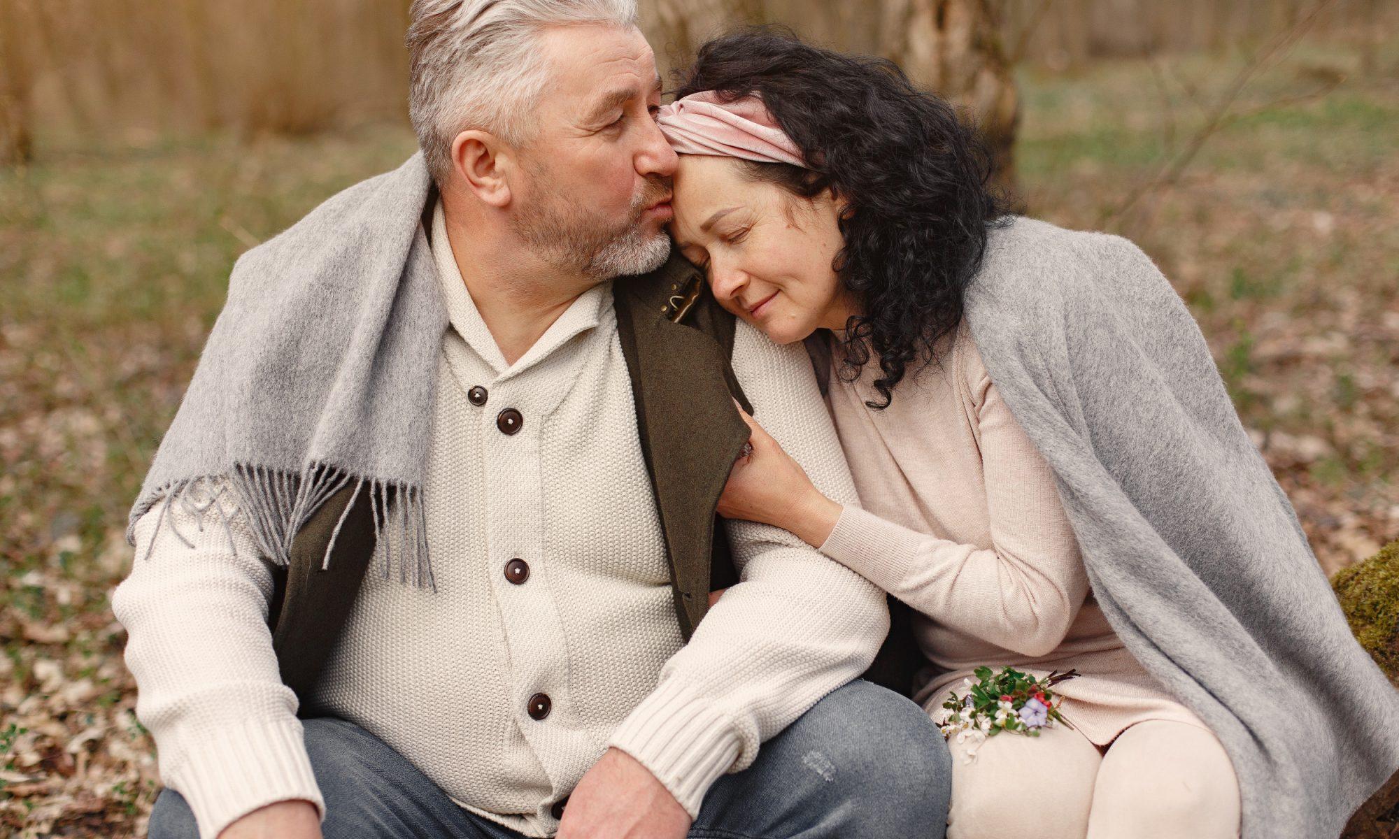 senior couple dating